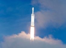 A SpaceX Falcon Heavy rocket lifts off from historic launch pad 39-A at the Kennedy Space Center in Cape Canaveral, Florida, U.S., February 6, 2018. REUTERS/Joe Skipper