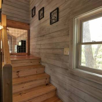 Mountaintop Treehouse w/ Sunset Views: Asheville, N C